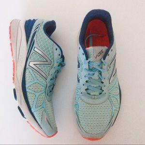 New Balance  women's Vazee Pace running shoes 8